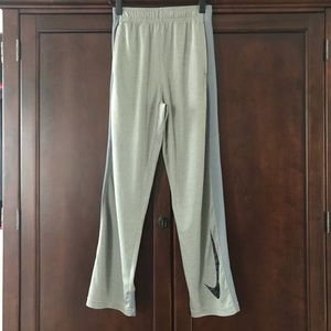 Nike DRI-FIT, Boys Large Gray Nylon Pants